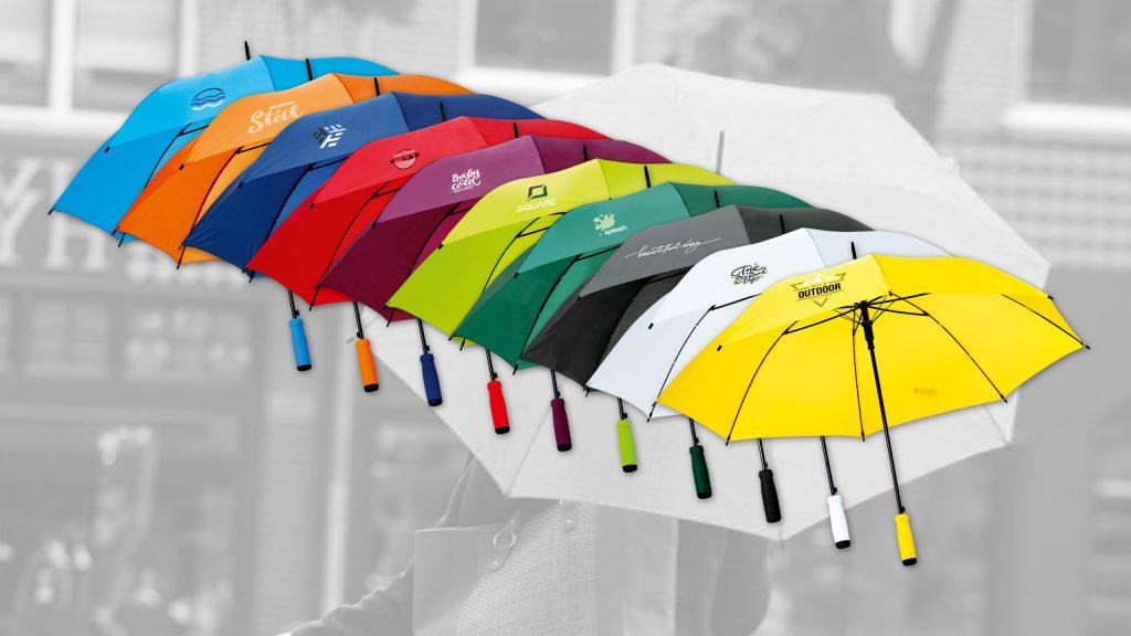 farbige Regenschirme mit Druck
